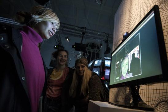 Human-Interface_Roy-te-Lintelo_Simone-van-Oosterhout_08