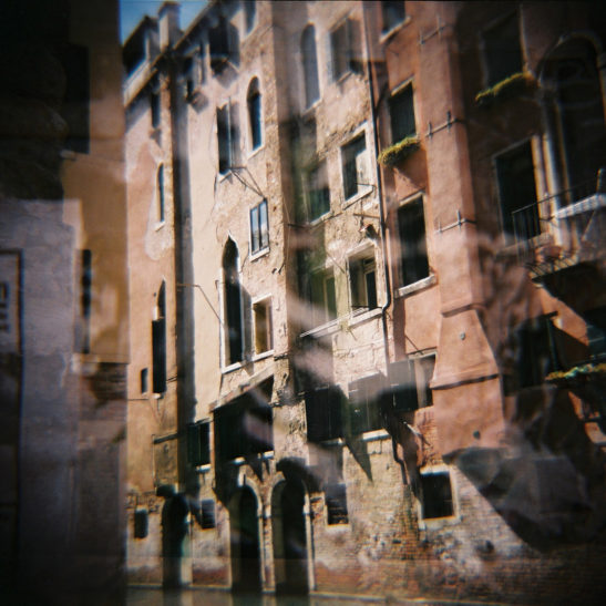 Lomography-Diana-F+_Simone-van-Oosterhout_02